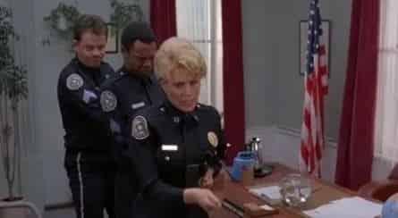 Полицейская академия 7 кадры