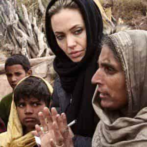 Анджелина Джоли и кастинг: зачем камбоджийцам деньги?