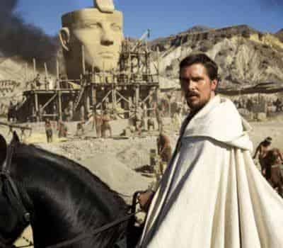 кадр из фильма Исход: цари и Боги