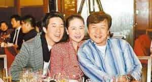 Проблемы в семье Джеки Чана