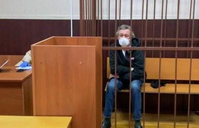Адвокат Ефремова заявил, что актер захотел оказаться в СИЗО