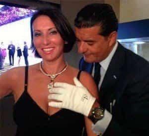 Алика Смехова примерила колье за 75 миллион долларов