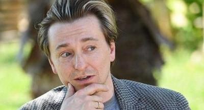 Безруков снялся в сериале по мотивам Двенадцати стульев