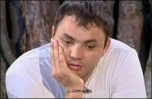 Дом 2: Александр Гобозов откупается от матери