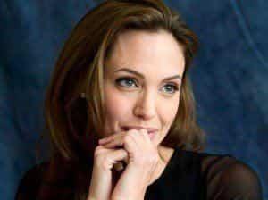 Анджелина Джоли не умеет расслабляться