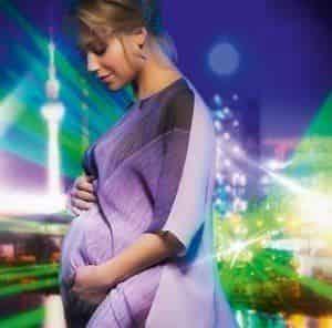 Беременная Кристина Асмус снялась для модного календаря