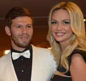 Виктория Лопырева неожиданно отменила свадьбу