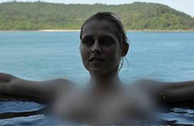 интимные фотографии селены гомес