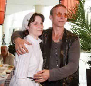 Иван Охлобыстин преклоняется перед женой