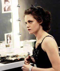 Кристен Стюарт предстала в образе молодой Коко Шанель