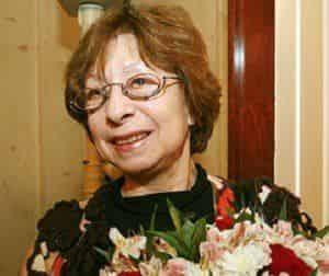 Лия Ахеджакова отмечает юбилей
