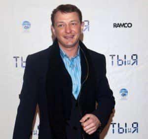 Марат Башаров извинился перед женой в эфире