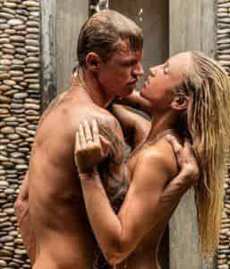 Ольга Бузова и Дмитрий Тарасов представили голый снимок