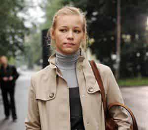 Светлана Устинова сбежит от реалий современного общества
