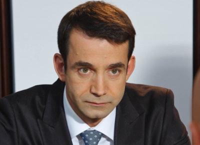 Депутат Госдумы будет думать, играть и петь