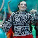 Елену Ваенгу не беспокоит лишний вес