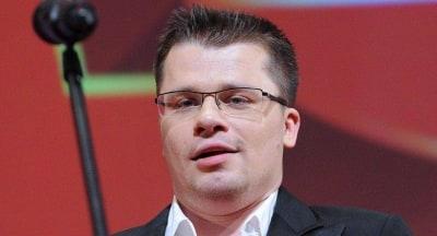 Гарик Харламов озвучит Волка в перезапуске мультсериала Ну, погоди!