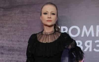 Мария Миронова, Резо Гигинеишвили, Надежда Оболенцева и другие звезды оценили новый фильм Громкая связь