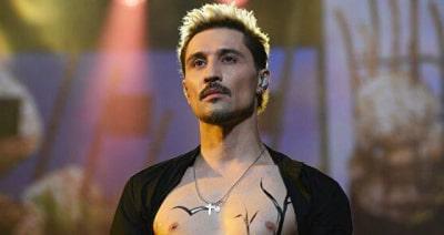 На алкоголь непохоже: Нарколог о скандальном видео с концерта Билана