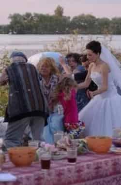кадр из фильма Непутевая невестка