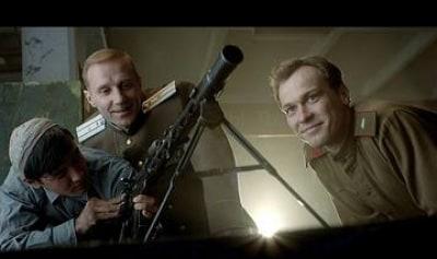 Нетипичное военное кино: каким получился фильм о Калашникове