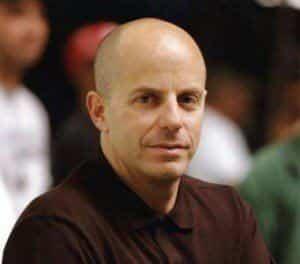 Нил Мориц занялся Загробным департаментом