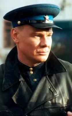 кадр из фильма По ту сторону волков
