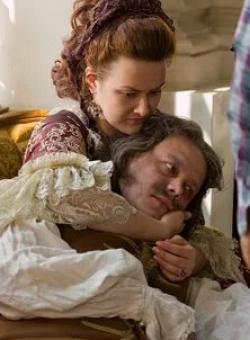 кадр из фильма Романовы