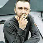 Сергей Шнуров в роли полицейского