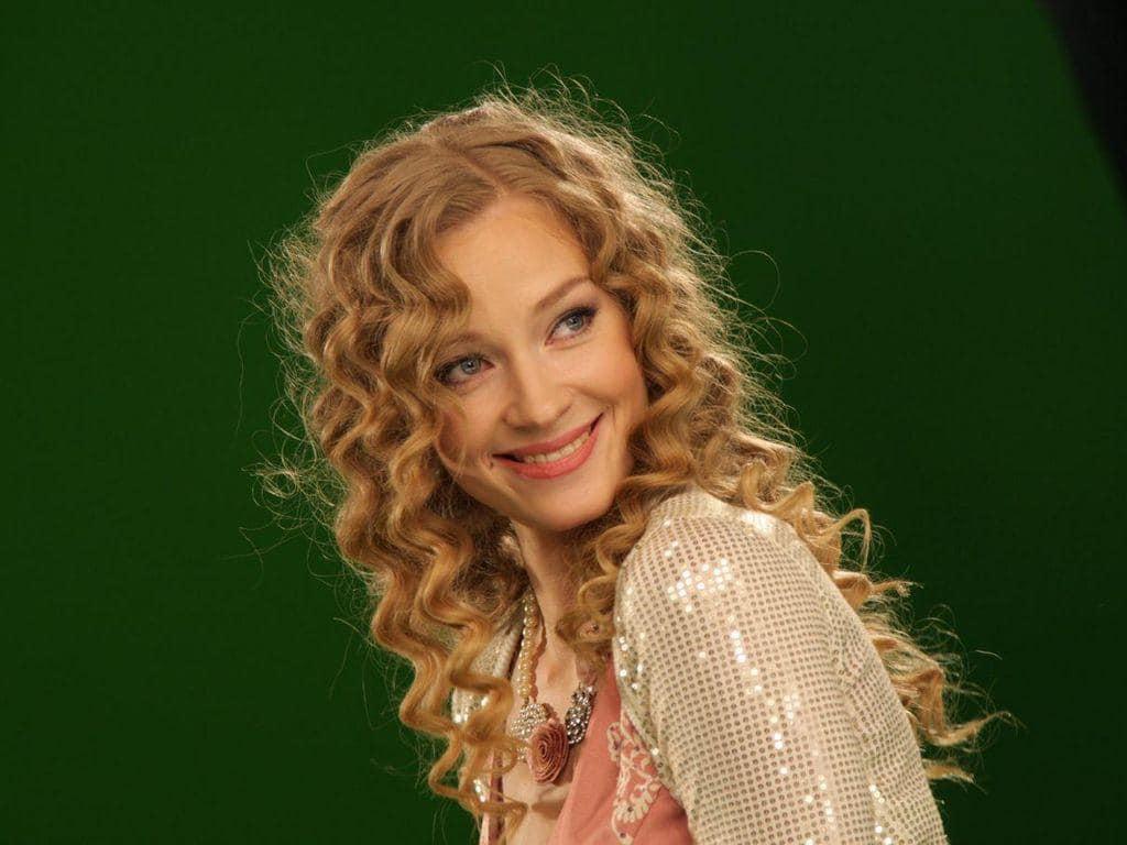 Светлана Ходченкова - фото и видео. Пригласить, заказать артиста на