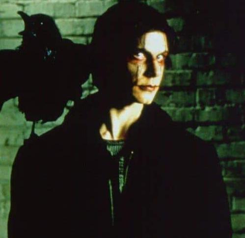 кадр из фильма Ворон