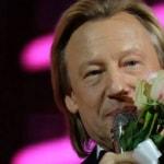 Харатьян одобрил перенос иностранных кинопремьер ради российских