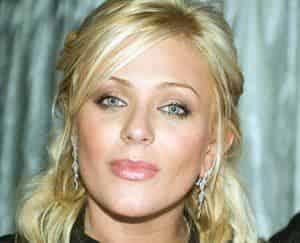 Юлия Началова серьезно пострадала от пластики груди