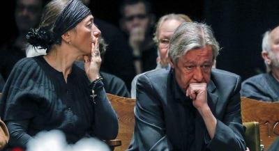 Жена может отнять деньги Ефремова